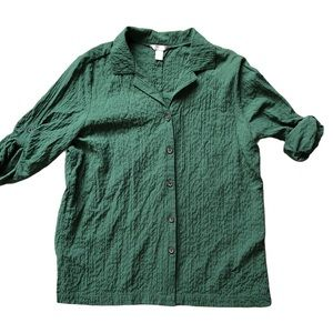 White stag size large button-down forest green